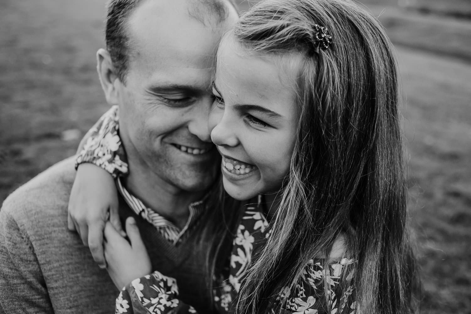 black and white image of dad and daughter - family in Clackamas