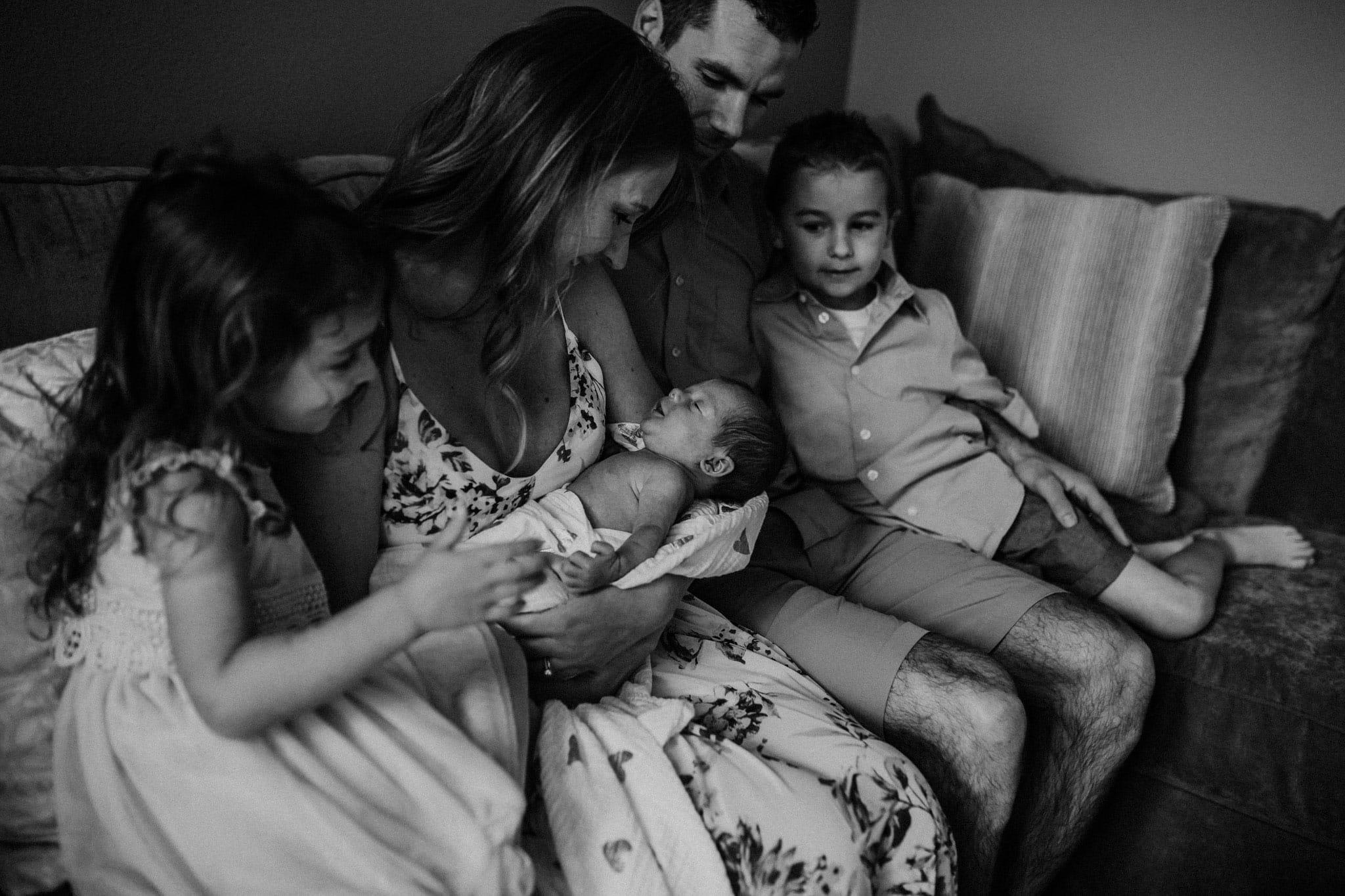 portland newborn lifestyle photographer