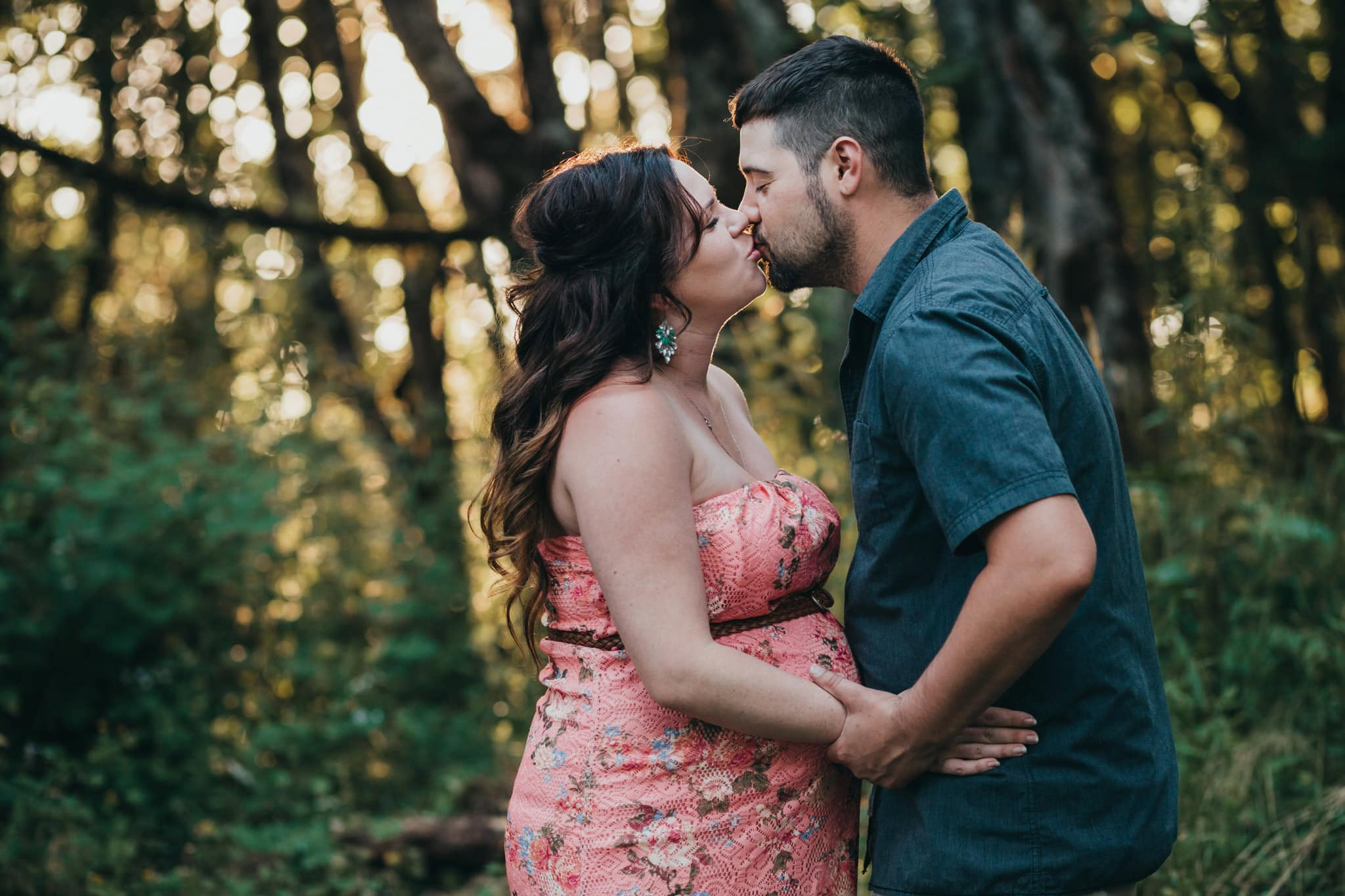 Maternity Photographer in Portland
