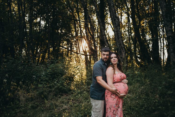 Maternity Photographer in Portland