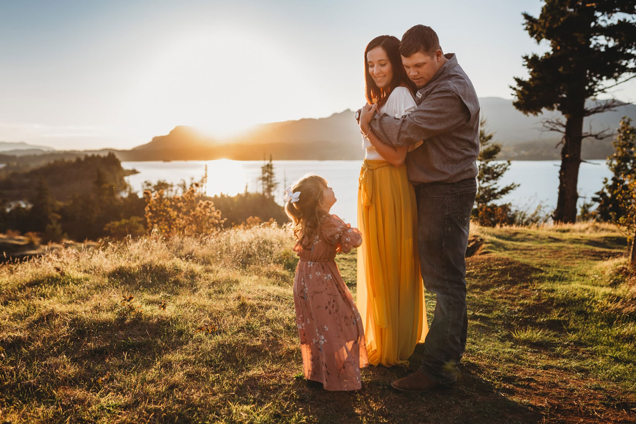 family standing in the columbia gorge