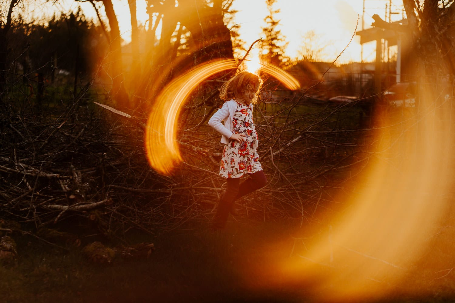 Little girl jumping in a dress - ring of fire photography tutorial