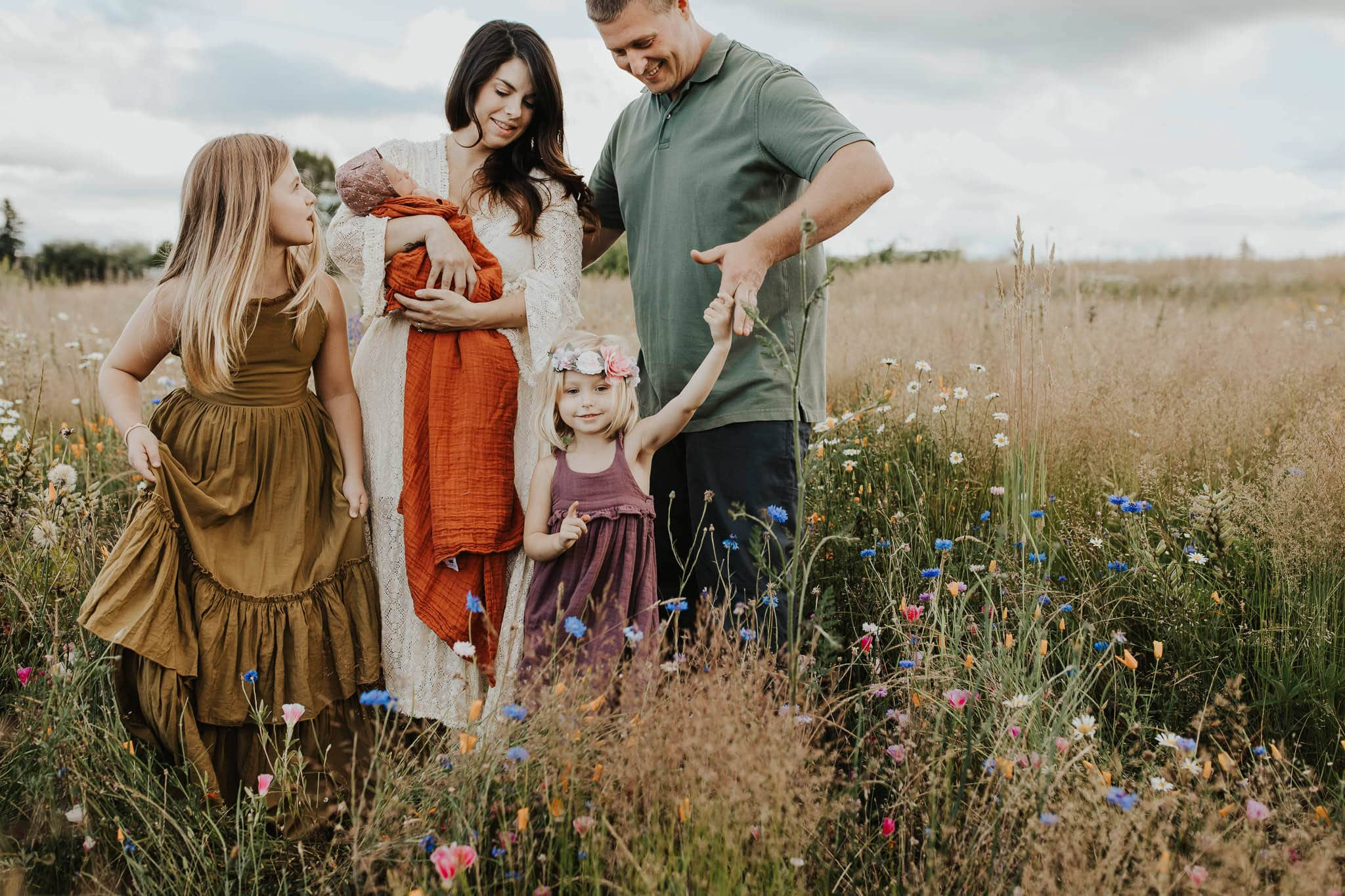clothing ideas for family photo session in PDX