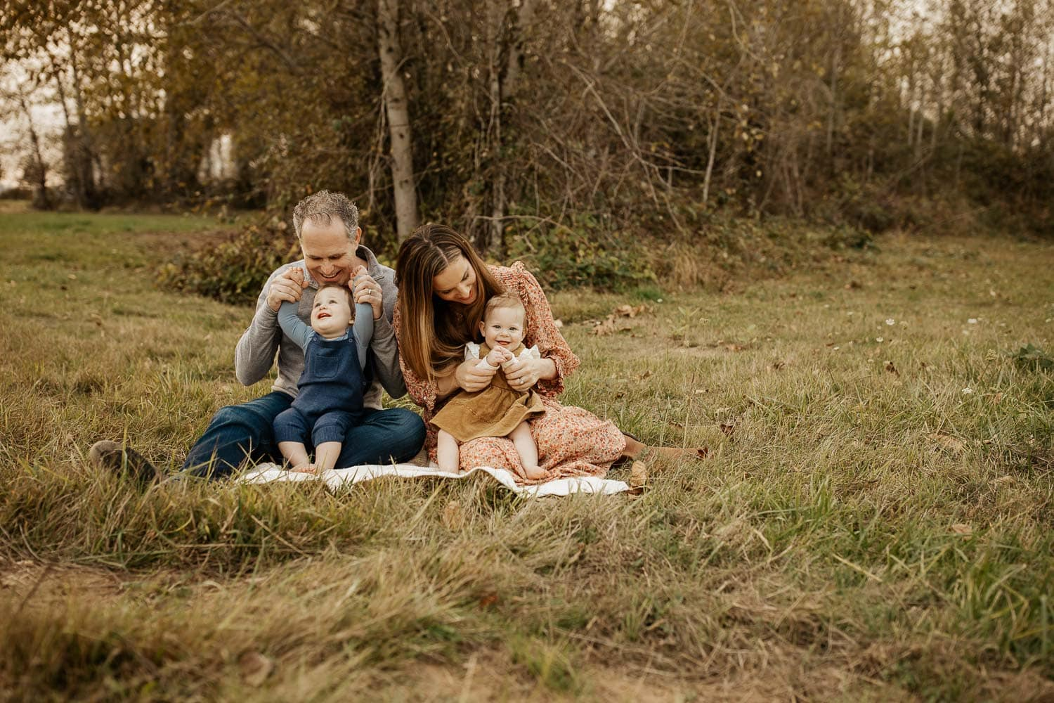 Family with twin babies - family photos