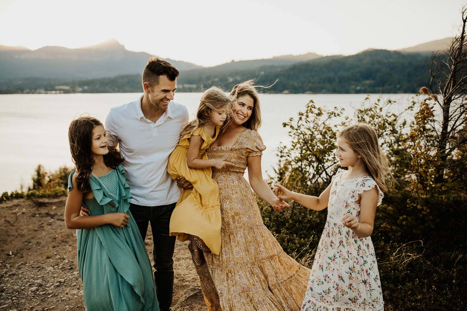 Family photos with great outfits - dresses from Joyfolie and Free People