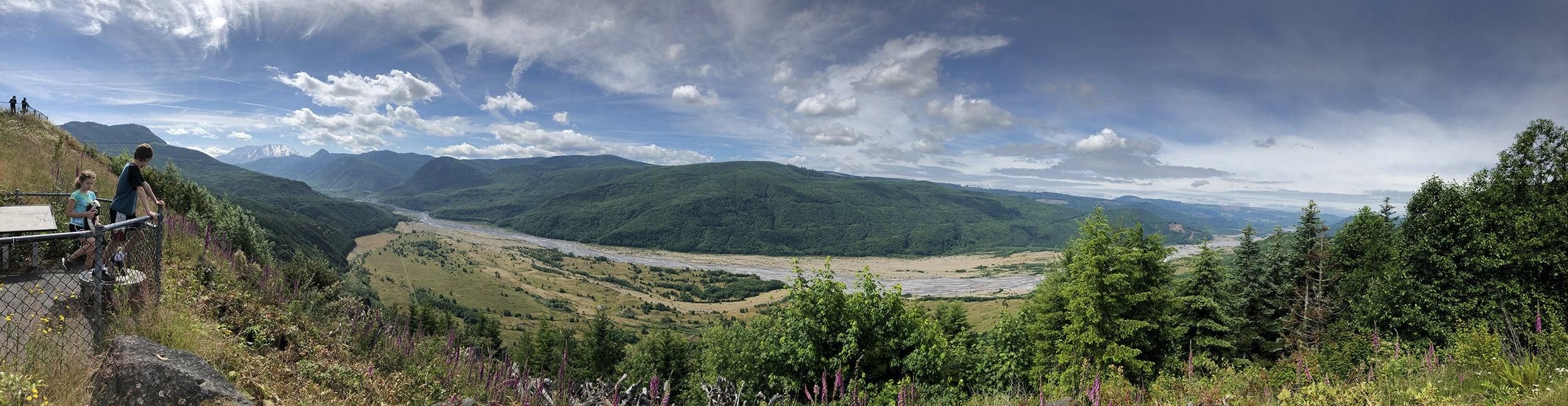 Amazing view of Mt Saint helens