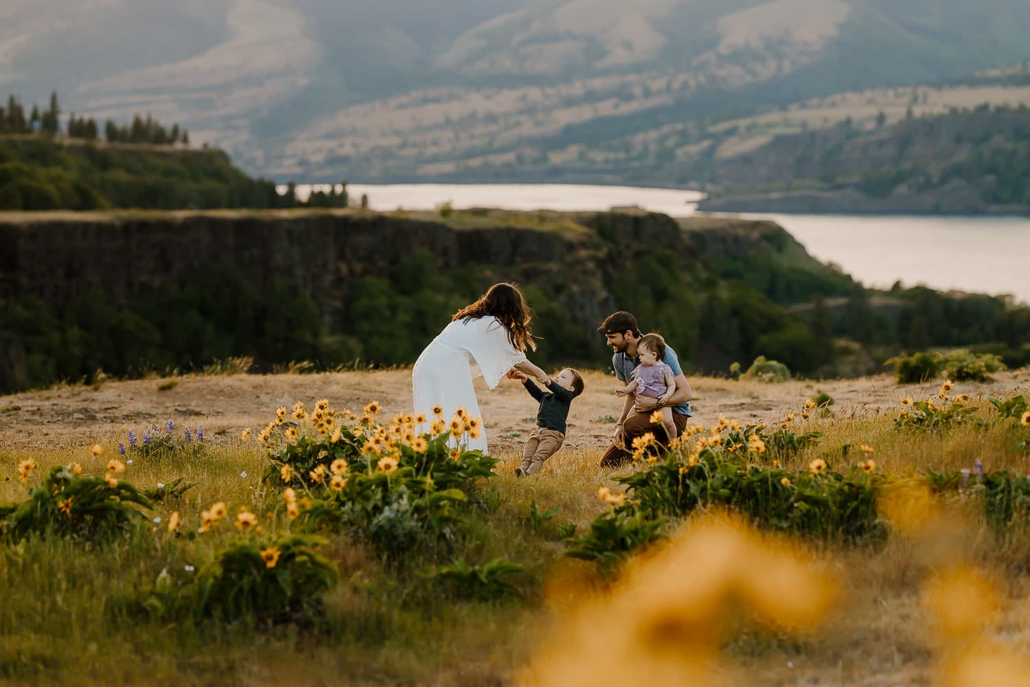 wildfloer family photos at rowena crest
